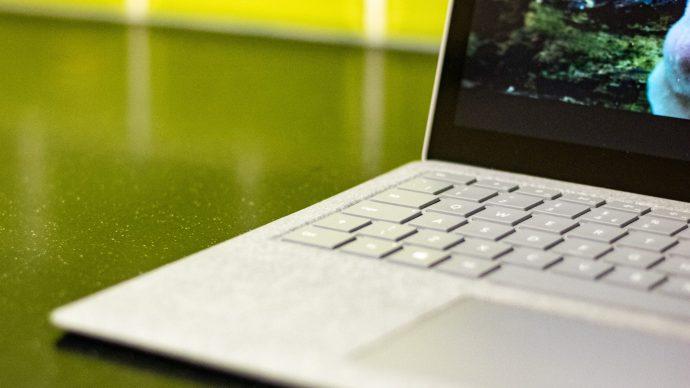 microsoft_surface_laptop_2_angle_1