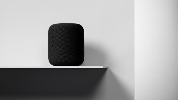 apple_homepod_on_shelf