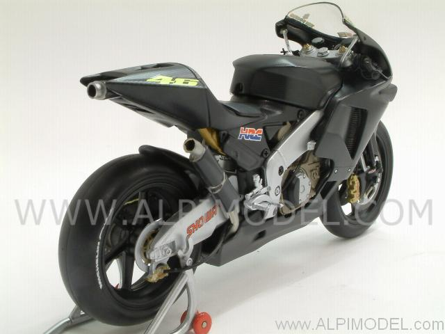 Minichamps Honda RC211V Pre Season Test Bike Black 2002