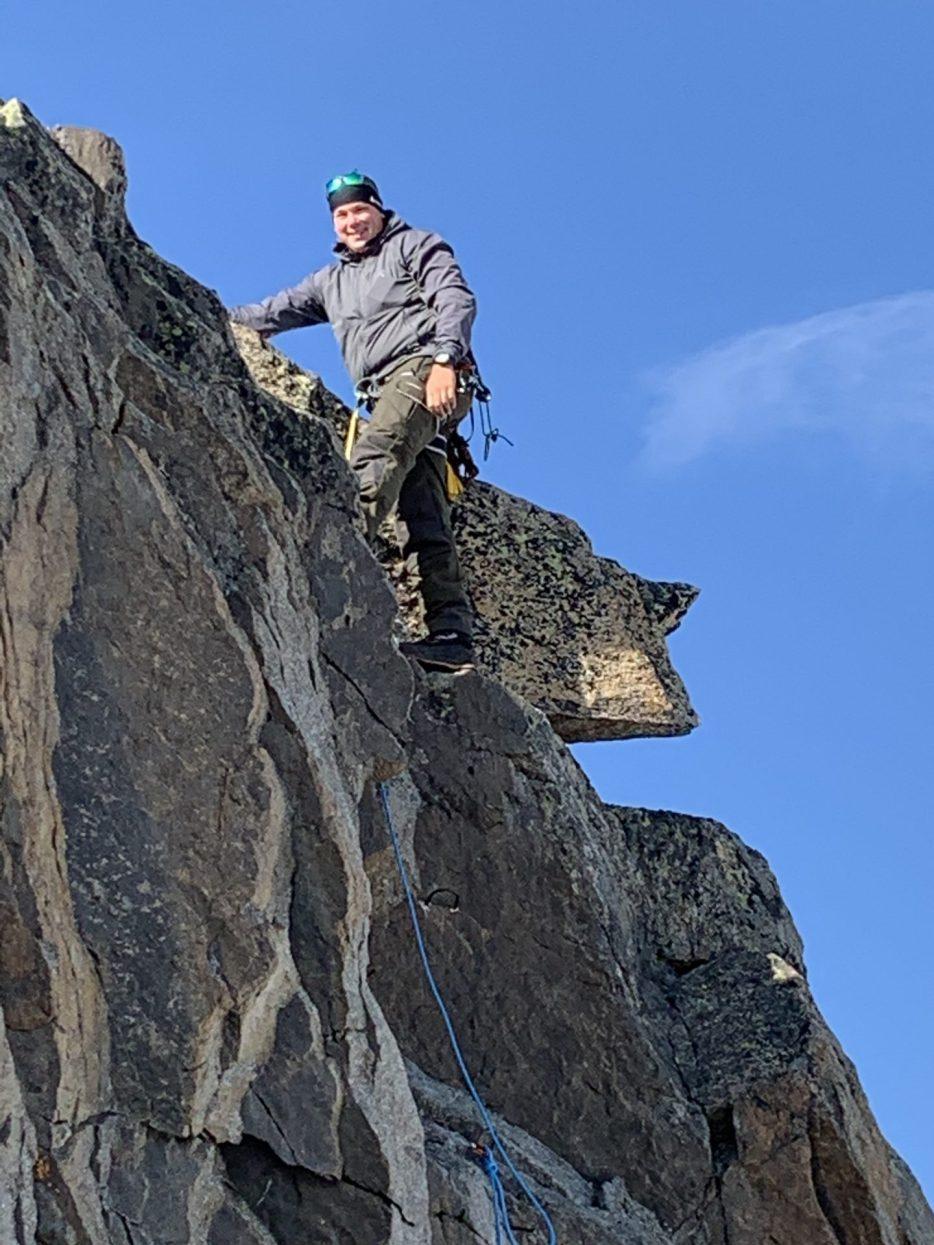 Voll motiviert auf den letzten Meter zum Gipfel