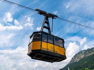 Eine der Gondeln der alten Nebelhornbahn wird am 8. Mai für einen guten Zweck versteigert. // Foto: alpintreff.de - Christian Schön