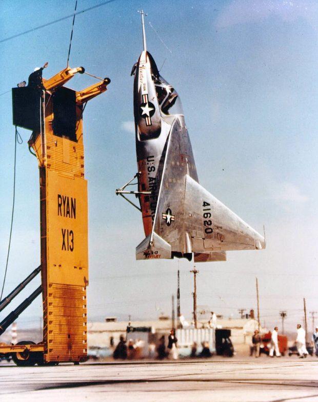 ¿Escalera al cielo? Poco más o menos, dejamos la familia de los tail sitter VTOL con este asombroso avión experimental.