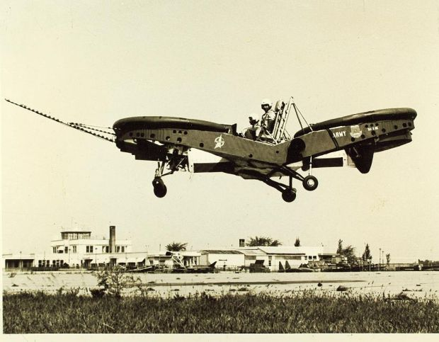 Como plataforma volante puede que no fuera muy sencillo de controlar... pero llamativo era bastante. (SDASM).