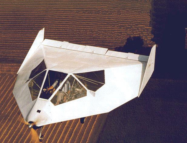 "Todo un  lifting body ""casero"". (George William Herbert / NASA)."