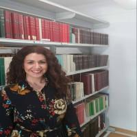 Carla Pancorbo Cárdenas ayudante de biblioteca en la Universidad de Granada