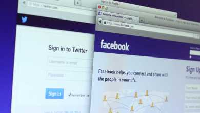 يواجهه موقعا فيسبوك وتويتر ضغطا متواصلا قبل ثلاثة أسابيع من الانتخابات الرئاسية الأميركية