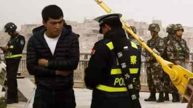 أفراد أقلية الأويغور المسلمة في الصين يخضعون تلقائيا لفحص جيني © رويترز