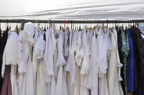 تفسير حلم لبس ثوب ابيض أو فستان للمرأة أو الرجل في المنام