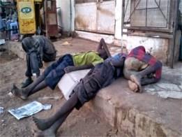 أطفال يدمنون (السبيرتو) في السودان