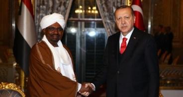 """قطر وتركيا تشترطان إبعاد الإمارات لإتمام """"صفقة بورسودان وسواكن"""""""