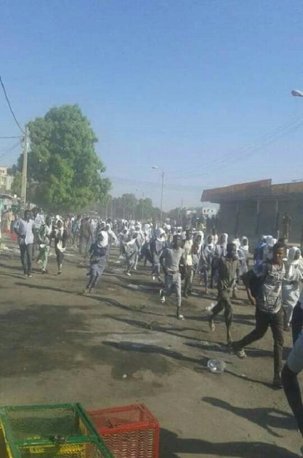 تظاهرات في الخرطوم والفاشر والدمازين ضد الغلاء