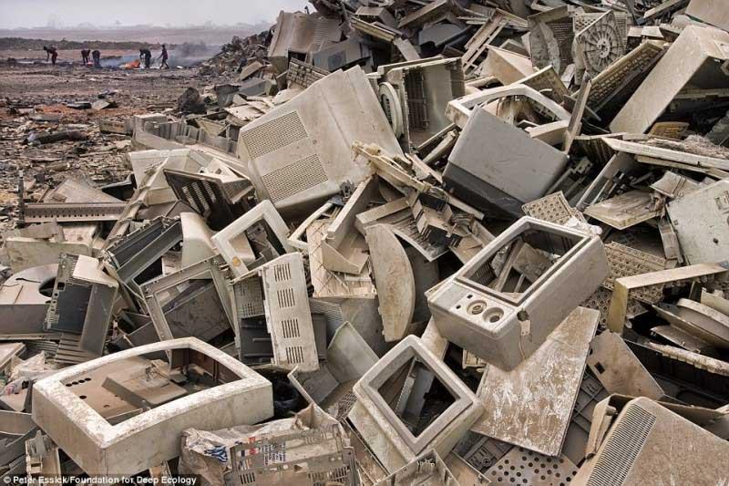 Lixeira de resíduos electrónicos, Gana