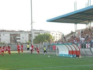 Sporting Altamura e Libertas Molfetta schierate a centrocampo