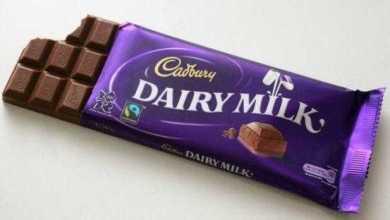 تناول قطعتين من الشوكولاته يوميا يقلل من خطر السكتات الدماغية وأمراض القلب