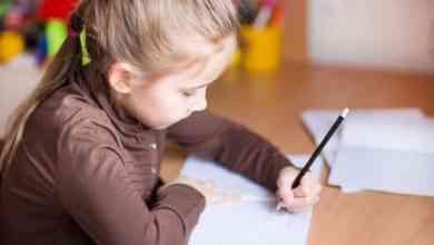 دراسة تتمكن من تحديد اليد المفضلة للطفل وهو في رحم أمه