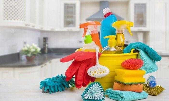 منتجات التنظيف المنزلية