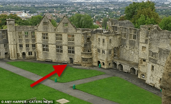 England's fabled Grey Lady Ghost captured in tourist photo of Dudley Castle