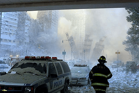 10:23:27 AM - Bill Biggart's second-to-last photograph of the World Trade Center towers - taken at 10:28:13 AM, just momemts before the North Tower collapsed and killed him