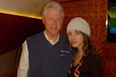 Bill Clinton allegedly on Lolita Express plane