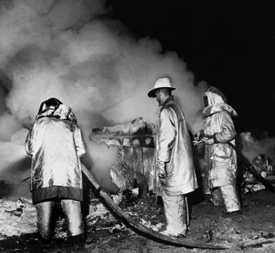 Workers recovering atomic bomb parts at Goldsboro accident site