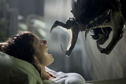 Aliens vs. Predator 2 © 2007 Twentieth Century Fox