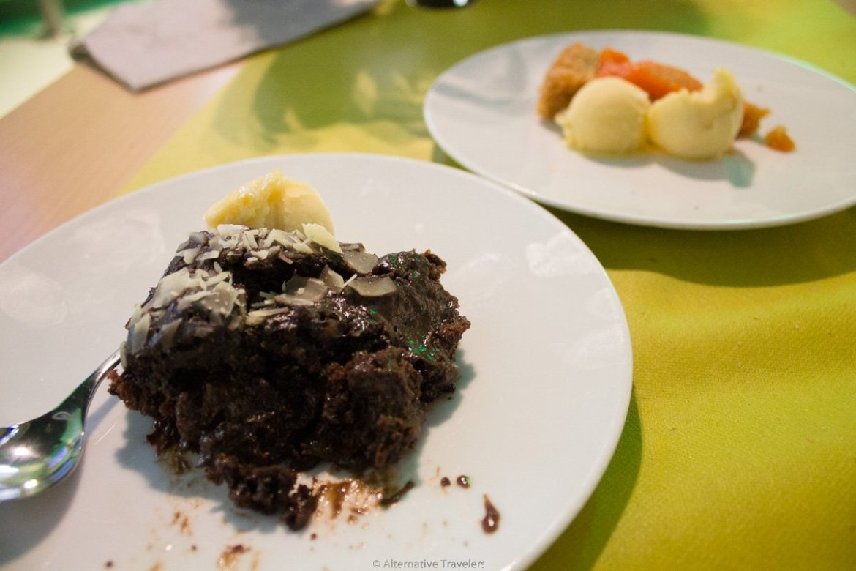 vegan dessert at Green Bistrot in Bilbao Spain
