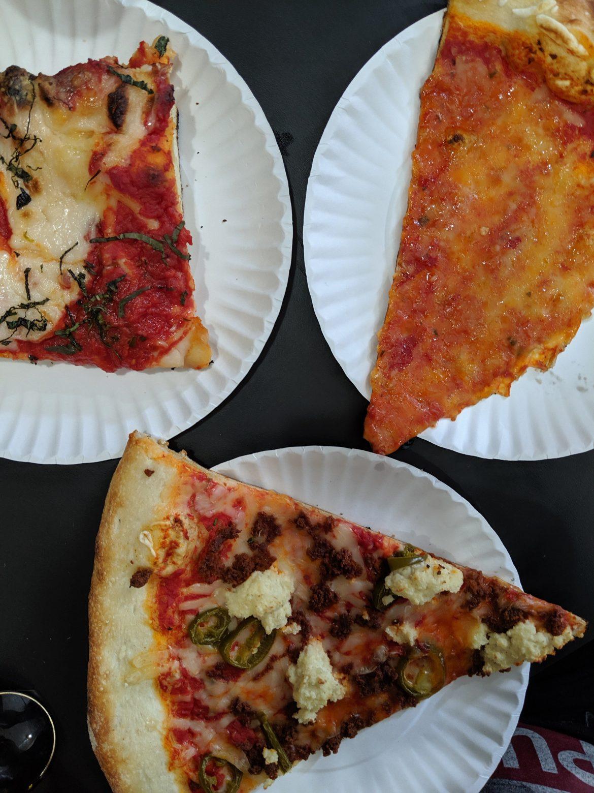 vegan pizza at Screamers Pizza