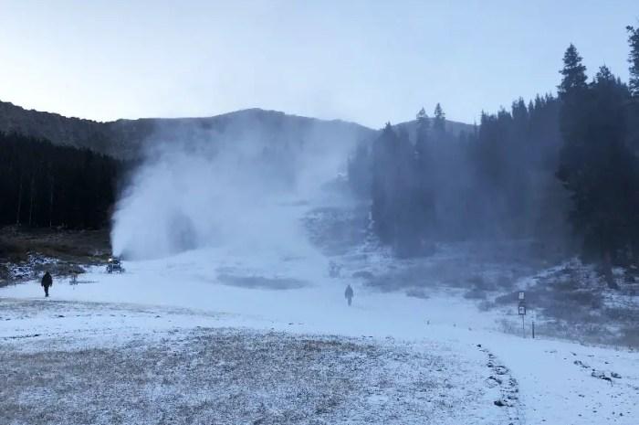 Les canons à neige en action pour des ouvertures de stations courant octobre !