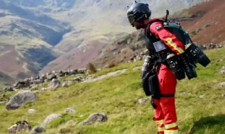 Jetsuit pour secours en montagne