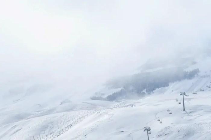 Ski à Noël : les réservations au plus bas et des saisonniers sur le carreau !