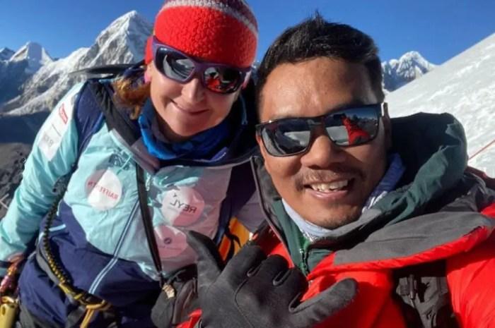 La franco-suisse Sophie Lavaud s'attaque à un sommet vierge du Népal !