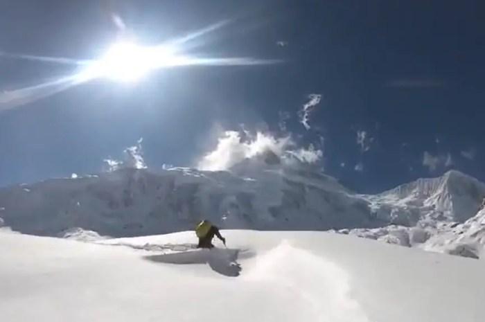 Manaslu 2021 : 1 mètre de neige pour arriver au camp de base !