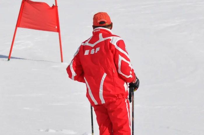 Des soupçons de fraudes aux aides publiques chez des moniteurs de ski