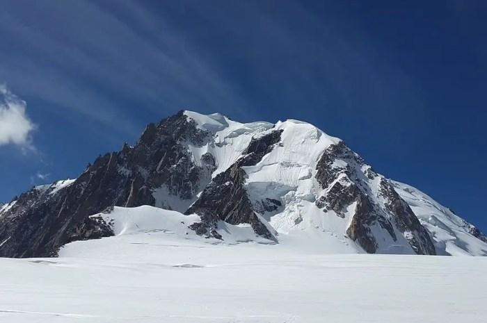 Trafic aérien : vers la fin des excès dans le massif du Mont-Blanc ?