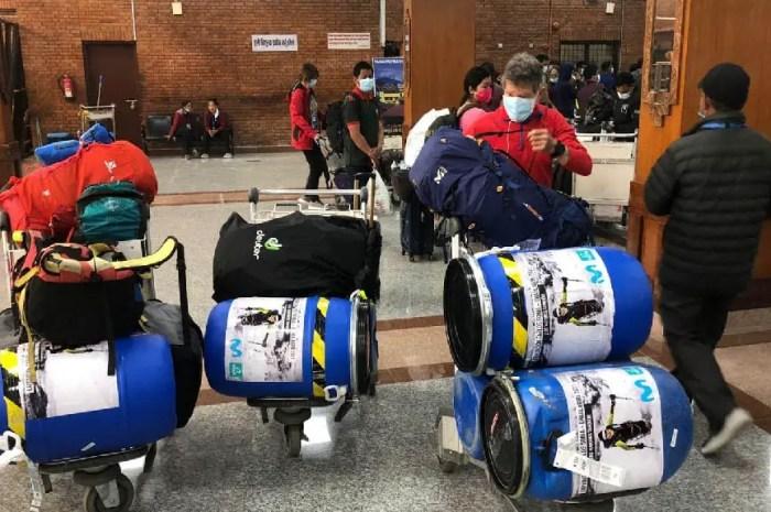 Everest, Annapurna, Dhaulagiri : la saison des expéditions 2021 est bien lancée !