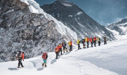 sherpas Everest