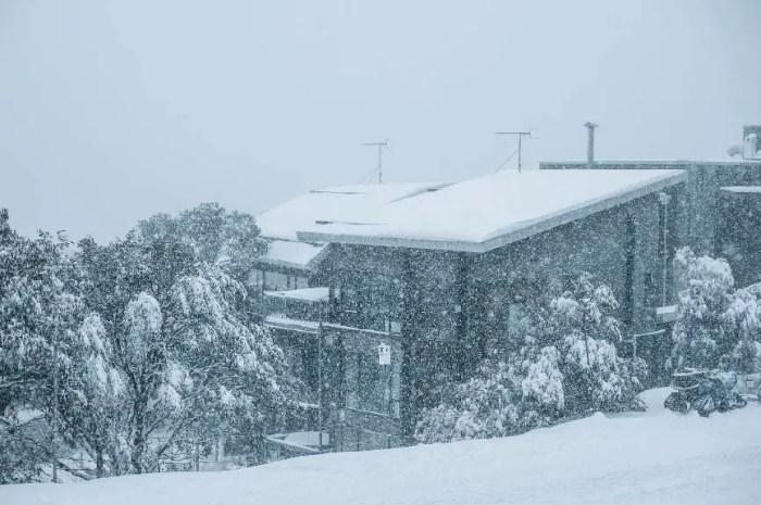 Des stations de ski ferment à cause d'un nouveau confinement en Australie