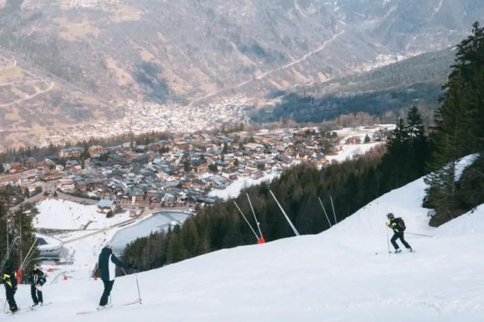 La piste des Championnats du Monde de ski alpin 2023 reverdit !