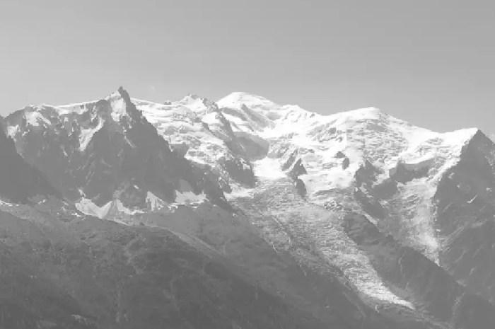 Hiver 1956-57 : le sauvetage de deux jeunes dans le massif du mont Blanc tourne mal