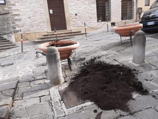 Degrado atti vandalici centro storico Lega presenta interpellanza controlli