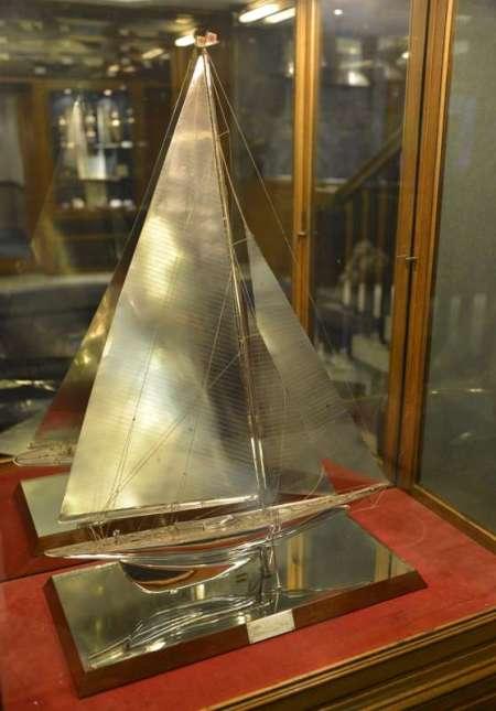 modello scafo vetro
