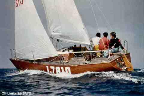 off limits barca legno con rinforzi carbonio