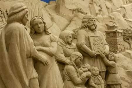 Presepe di Lignano Sabbia d'Oro - bassorilievo in sabbia