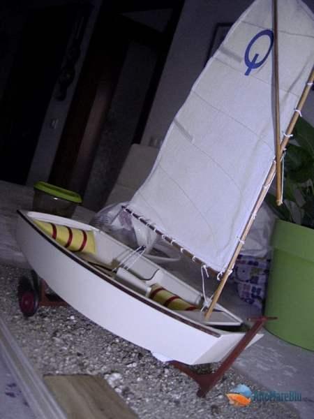 piccola imbarcazione a vela: Optimist