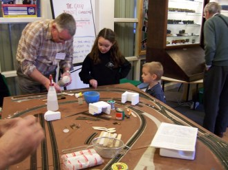 AMRG member Roger Joel takes part in the Great Trainset Challenge