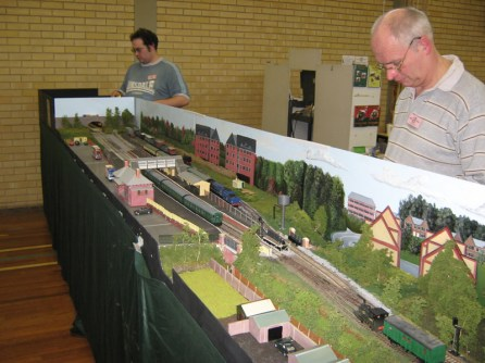 Member Graham Smith operating at the 2009 February Exhibition