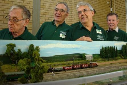 Members of Farnham club operating Greenfield Siding