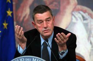 Tbc al Gemelli: ministro Fazio si sottopone al test, positivo anche lui