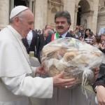 Papa Bergoglio e Marchetti 1