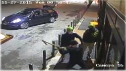Uno dei colpi addebitati alla banda ripreso dalle videocamere di sorveglianza